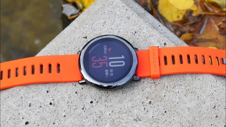 Xiaomi se pustilo do chytrých hodinek. Jak vypadají naživo?