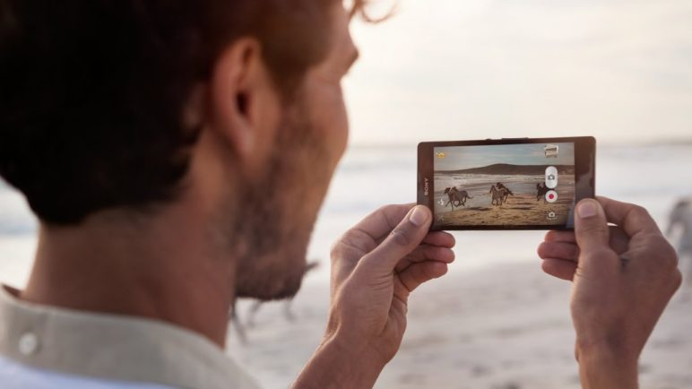 Xperia™ Z - Exmor RS™ for mobile, the world's first image sensor with HDR video for smartphones