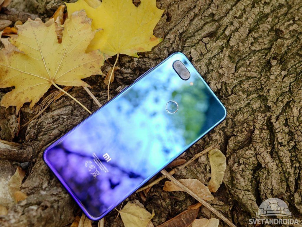 Xiaomi Mi 8 LIte záda