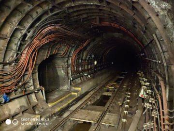 Xiaomi Mi Mix 3 fotografie tunel metra