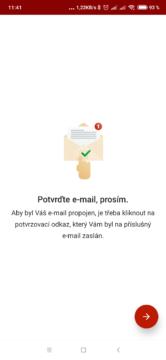 E-mail musíte potvrdit klepnutím na odkaz
