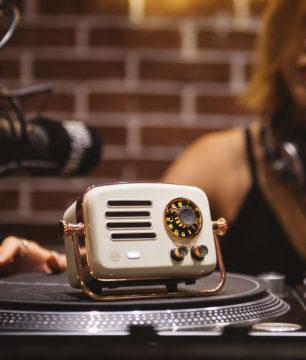 Xiaomi Elvis Presley Atomic 2 radio