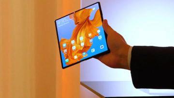 Huawei Mate X displej predni strana