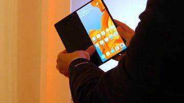 Huawei Mate X ohybani displej