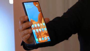 Huawei Mate X predni strana