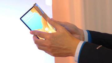 Huawei Mate X skladaci telefon