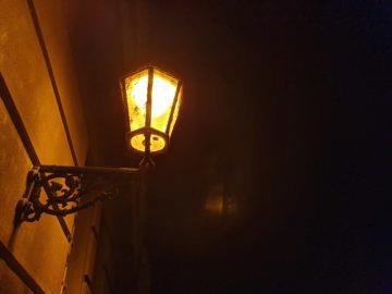 nocni fotografie samsung galaxy s10 lampa