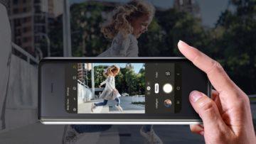Ohebny telefon Samsung Galaxy Fold vnejsi displej