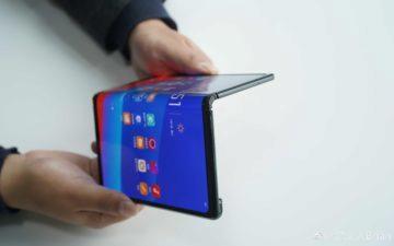 oppo ohebny smartphone