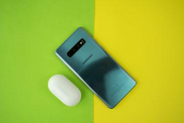 Samsung Galaxy Buds propojeni s telefonem samsung