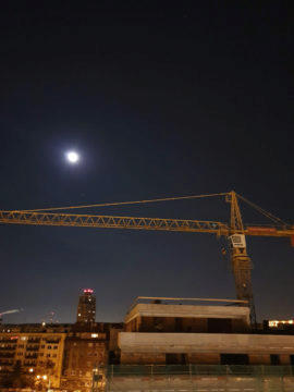 Samsung Galaxy S10 fotografie nočni fotogfrafie stavba