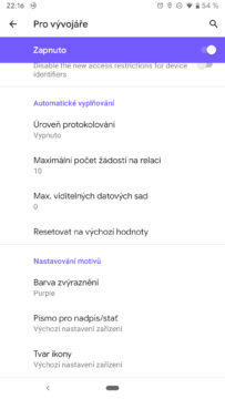 Android Q fialova
