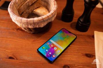 Samsung Galaxy M20 design telefonu