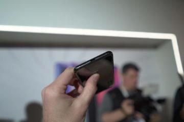 Xiaomi Mi 9 první pohled usb-c
