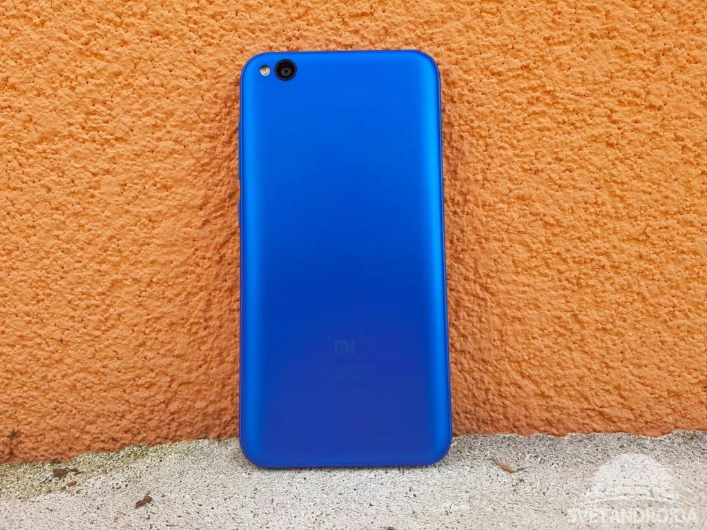 Xiaomi Redmi Go záda