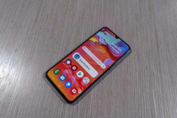 Samsung Galaxy A70 predni strana