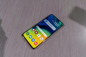 Samsung Galaxy A80 displej predni strana