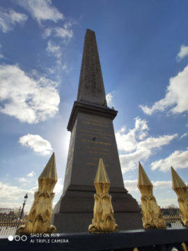 Jak fotí Xiaomi Mi 9 monument paříž