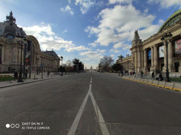 Jak fotí Xiaomi Mi 9 pařížská ulice