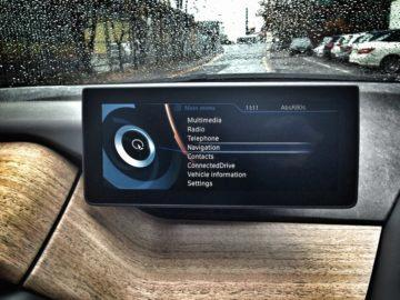 Mnohá auta mají navigaci v rámci infotainmentu