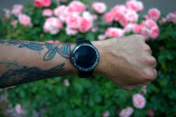 Mobvoi Ticwatch S design hodinek