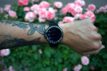Mobvoi Ticwatch S displej hodinek
