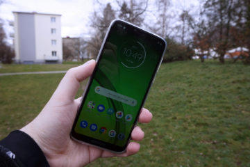 moto g7 power displej slunce