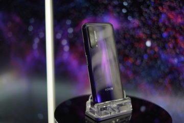 Telefon Honor 20 Pro zada