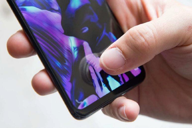Mobil - nefunguje dotyk