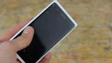 Mobil - nereaguje dotyk displeje - poškozený hardware