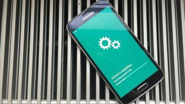 Mobilní telefon nereaguje na dotyk - aktualizace OS