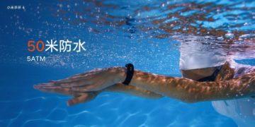 naramek-mi-band-4-vodotesny-plavani