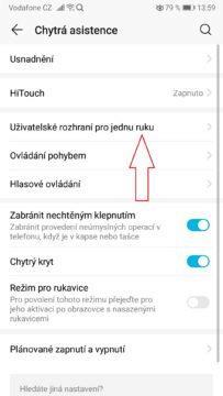 Telefon - nastavení uživatelské rozhraní pro jednu ruku