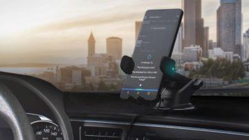 Telefon - palubní deska auta - přehřátí