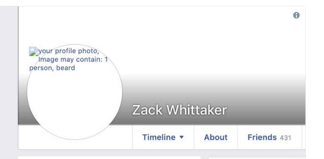 Facebook Down fotky strojové učení