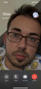 Upravené oči při hovoru FaceTime