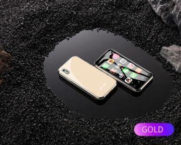 Levný čínský telefon - zlatá barva