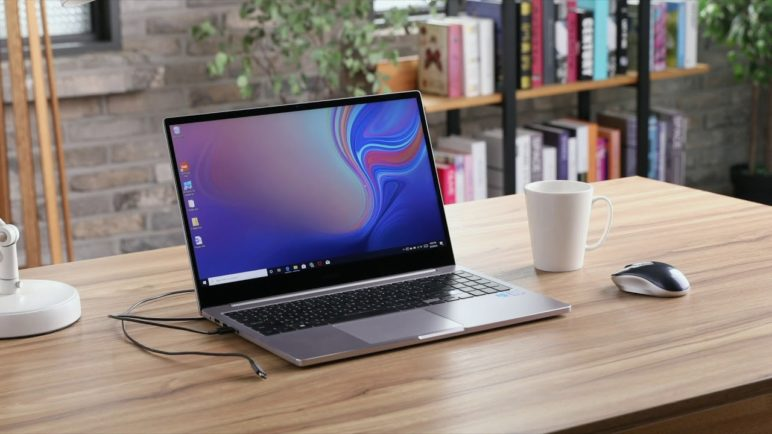 Galaxy Note 10 with Samsung DeX for PC, Link to Windows, and PlayGalaxy Link