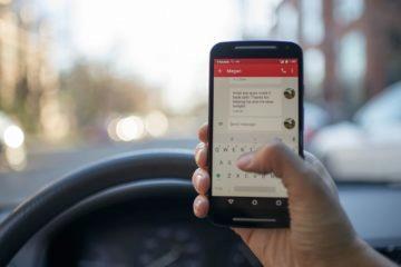 Mobil při řízení zákon zakazuje