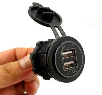 USB zásuvka na 12 V