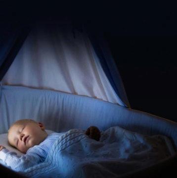 noční světlo v dětském pokoji