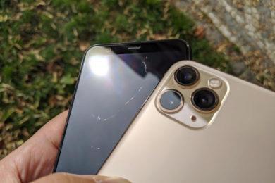 Pixel 4 iPhone 11 Pro Max poškrábný dysplej