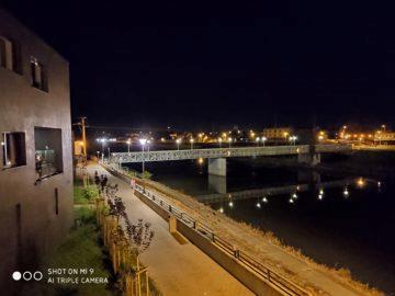 Xiaomi Mi 9 noční foto