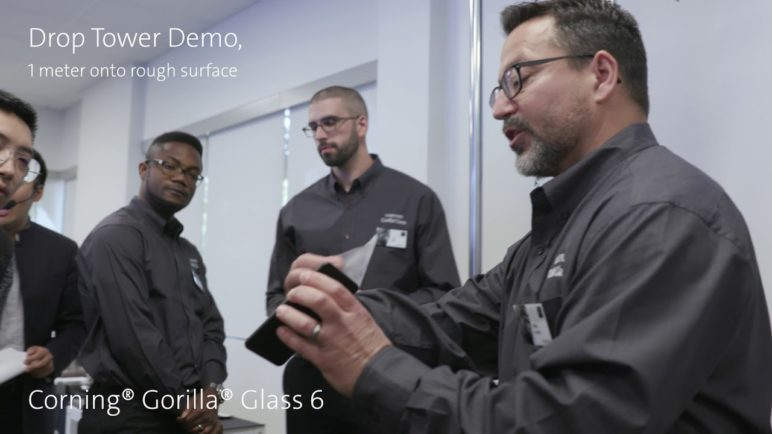 Live demo of Corning® Gorilla® Glass 6