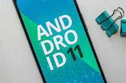 android 11 autoamtický tmavý režim