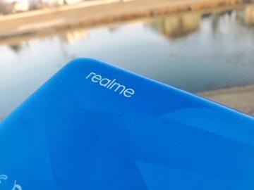 Realme 5 logo