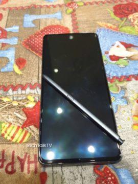 reálné fotky Galaxy Note10 Lite 4