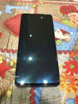 reálné fotky Galaxy Note10 Lite 6