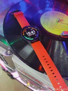 Xiaomi Mi Watch Color reálné fotky 2