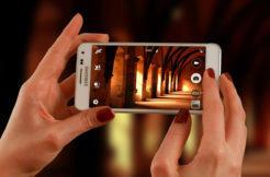 """Fotíte mobilem """"na automat"""", nebo si """"hrajete s nastavením""""? (Hlasovačka)"""